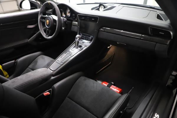 Used 2019 Porsche 911 GT3 RS for sale $199,900 at Alfa Romeo of Westport in Westport CT 06880 17