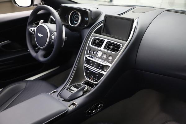New 2020 Aston Martin DB11 Volante Convertible for sale $253,181 at Alfa Romeo of Westport in Westport CT 06880 19