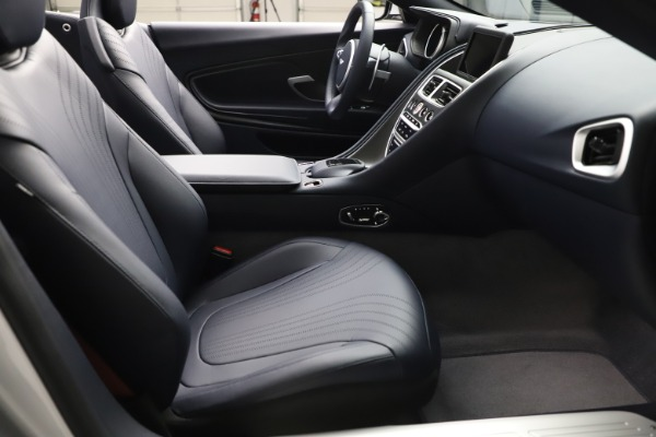 New 2020 Aston Martin DB11 Volante Convertible for sale $253,181 at Alfa Romeo of Westport in Westport CT 06880 20