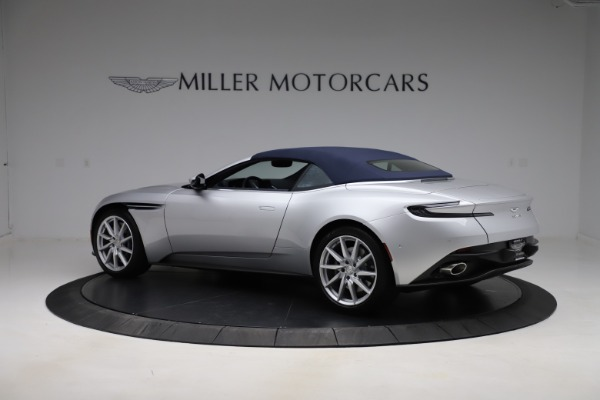 New 2020 Aston Martin DB11 Volante Convertible for sale $253,181 at Alfa Romeo of Westport in Westport CT 06880 22
