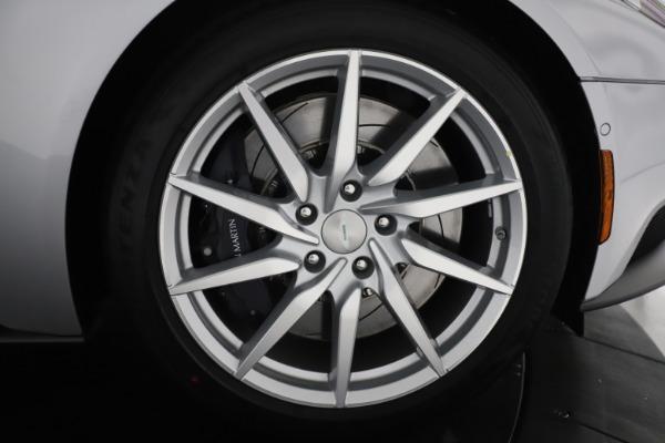 New 2020 Aston Martin DB11 Volante Convertible for sale $253,181 at Alfa Romeo of Westport in Westport CT 06880 28