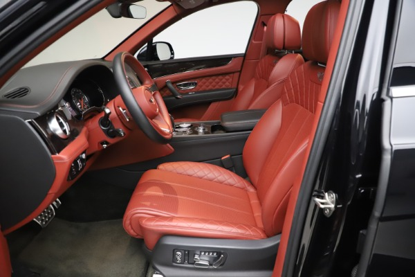 Used 2017 Bentley Bentayga W12 for sale $145,900 at Alfa Romeo of Westport in Westport CT 06880 18