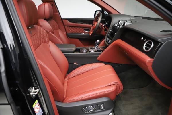 Used 2017 Bentley Bentayga W12 for sale $145,900 at Alfa Romeo of Westport in Westport CT 06880 26