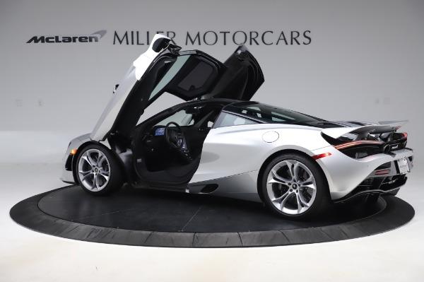 New 2020 McLaren 720S Coupe for sale $347,550 at Alfa Romeo of Westport in Westport CT 06880 12