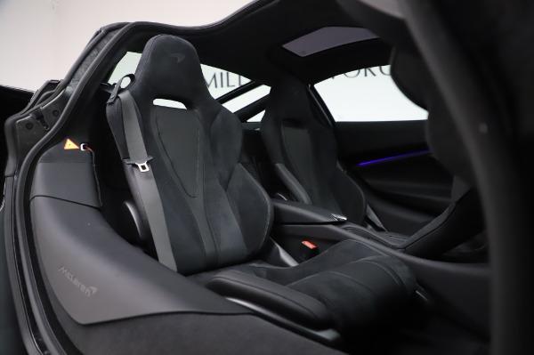 New 2020 McLaren 720S Coupe for sale $347,550 at Alfa Romeo of Westport in Westport CT 06880 18