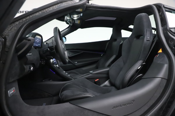 New 2020 McLaren 720S Performance for sale $347,550 at Alfa Romeo of Westport in Westport CT 06880 19