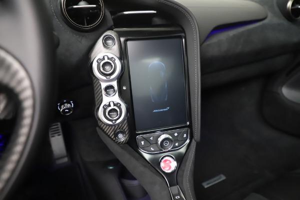 New 2020 McLaren 720S Coupe for sale $347,550 at Alfa Romeo of Westport in Westport CT 06880 23