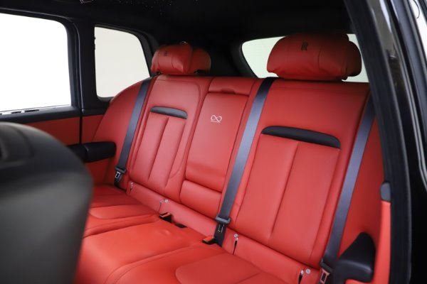 New 2020 Rolls-Royce Cullinan Black Badge for sale $433,950 at Alfa Romeo of Westport in Westport CT 06880 16