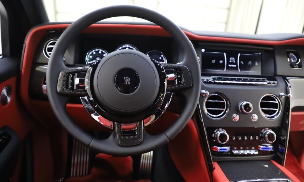 New 2020 Rolls-Royce Cullinan Black Badge for sale $433,950 at Alfa Romeo of Westport in Westport CT 06880 19