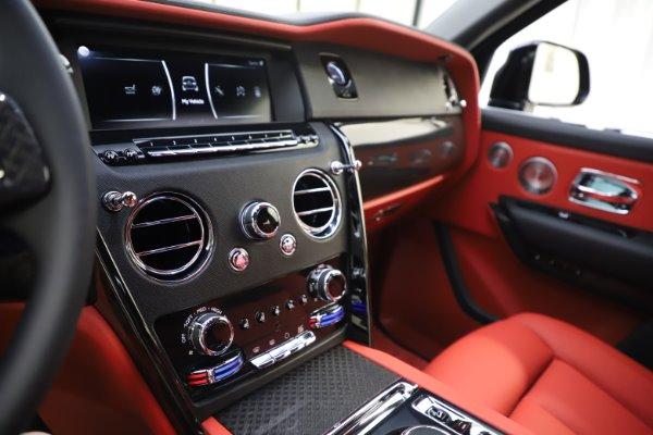 New 2020 Rolls-Royce Cullinan Black Badge for sale $433,950 at Alfa Romeo of Westport in Westport CT 06880 23