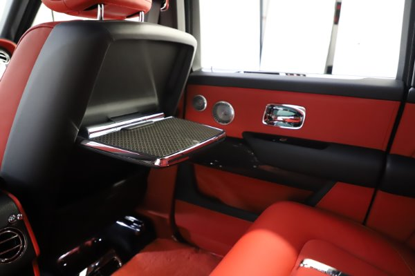 New 2020 Rolls-Royce Cullinan Black Badge for sale $433,950 at Alfa Romeo of Westport in Westport CT 06880 26