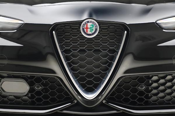 New 2020 Alfa Romeo Giulia Sport Q4 for sale Sold at Alfa Romeo of Westport in Westport CT 06880 13
