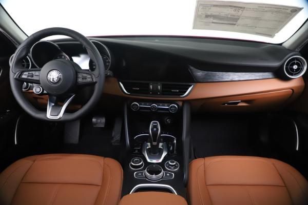 New 2020 Alfa Romeo Giulia Q4 for sale $46,395 at Alfa Romeo of Westport in Westport CT 06880 16