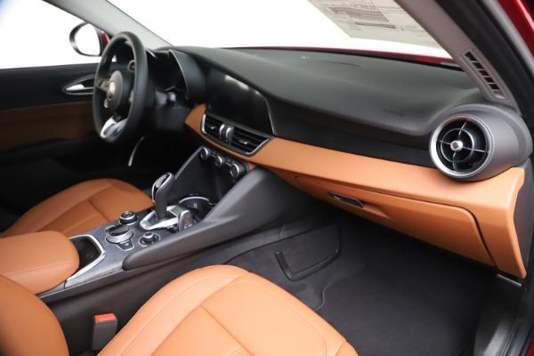 New 2020 Alfa Romeo Giulia Q4 for sale $46,395 at Alfa Romeo of Westport in Westport CT 06880 22
