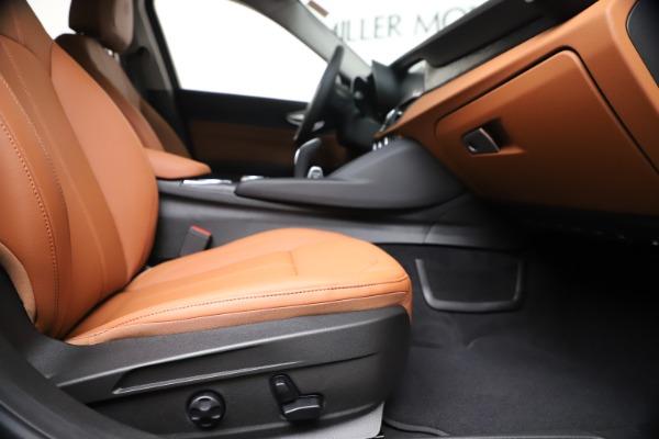 New 2020 Alfa Romeo Giulia Q4 for sale $46,395 at Alfa Romeo of Westport in Westport CT 06880 23
