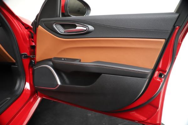 New 2020 Alfa Romeo Giulia Q4 for sale $46,395 at Alfa Romeo of Westport in Westport CT 06880 25