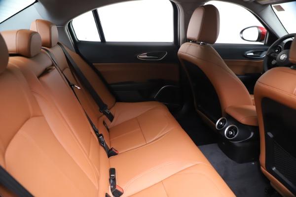 New 2020 Alfa Romeo Giulia Q4 for sale $46,395 at Alfa Romeo of Westport in Westport CT 06880 27