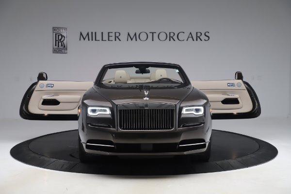 Used 2017 Rolls-Royce Dawn Base for sale $248,900 at Alfa Romeo of Westport in Westport CT 06880 10