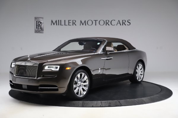 Used 2017 Rolls-Royce Dawn for sale $249,900 at Alfa Romeo of Westport in Westport CT 06880 13