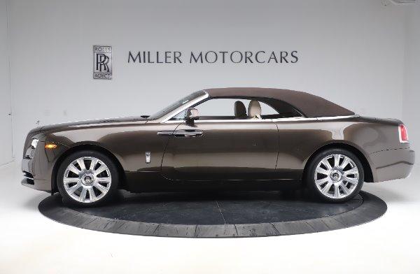 Used 2017 Rolls-Royce Dawn Base for sale $248,900 at Alfa Romeo of Westport in Westport CT 06880 14