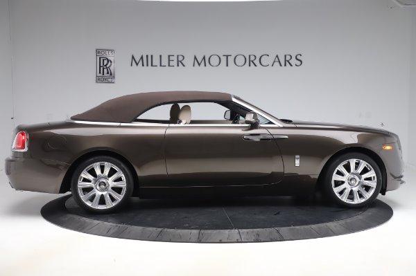 Used 2017 Rolls-Royce Dawn Base for sale $248,900 at Alfa Romeo of Westport in Westport CT 06880 18