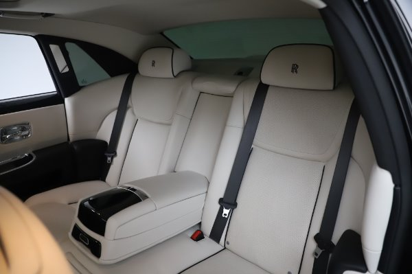 Used 2015 Rolls-Royce Ghost Base for sale Call for price at Alfa Romeo of Westport in Westport CT 06880 14