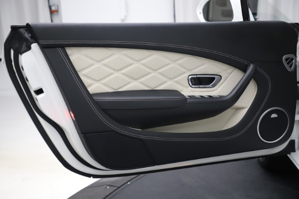 Used 2014 Bentley Continental GT V8 for sale $106,900 at Alfa Romeo of Westport in Westport CT 06880 23