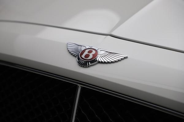 Used 2018 Bentley Flying Spur V8 S for sale $149,900 at Alfa Romeo of Westport in Westport CT 06880 14