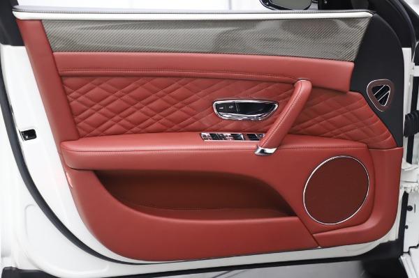Used 2018 Bentley Flying Spur V8 S for sale $149,900 at Alfa Romeo of Westport in Westport CT 06880 16