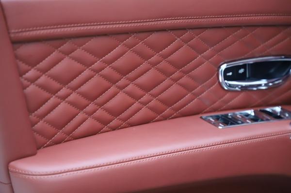 Used 2018 Bentley Flying Spur V8 S for sale $149,900 at Alfa Romeo of Westport in Westport CT 06880 17