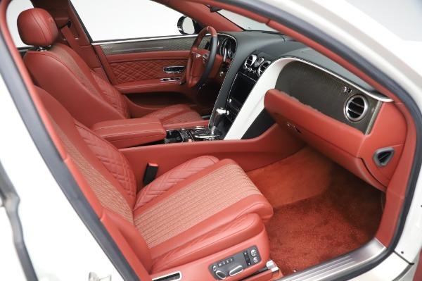 Used 2018 Bentley Flying Spur V8 S for sale $149,900 at Alfa Romeo of Westport in Westport CT 06880 27