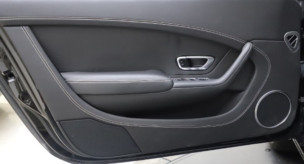 Used 2016 Bentley Continental GT W12 for sale $119,900 at Alfa Romeo of Westport in Westport CT 06880 16