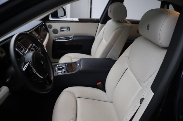 Used 2016 Rolls-Royce Ghost for sale $173,900 at Alfa Romeo of Westport in Westport CT 06880 12