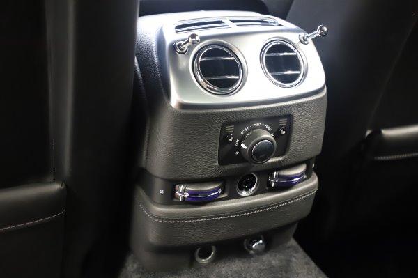 Used 2018 Rolls-Royce Ghost for sale $247,900 at Alfa Romeo of Westport in Westport CT 06880 19