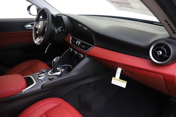 New 2020 Alfa Romeo Giulia Q4 for sale $48,445 at Alfa Romeo of Westport in Westport CT 06880 22