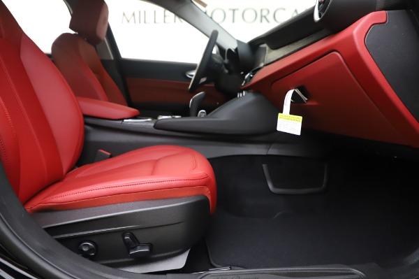 New 2020 Alfa Romeo Giulia Q4 for sale $48,445 at Alfa Romeo of Westport in Westport CT 06880 23