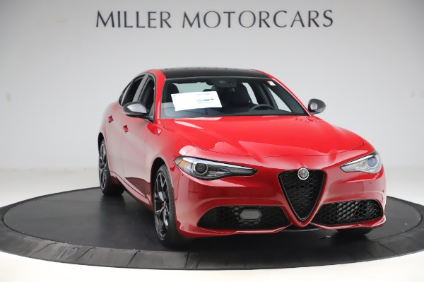New 2020 Alfa Romeo Giulia Sport Q4 for sale $48,645 at Alfa Romeo of Westport in Westport CT 06880 11