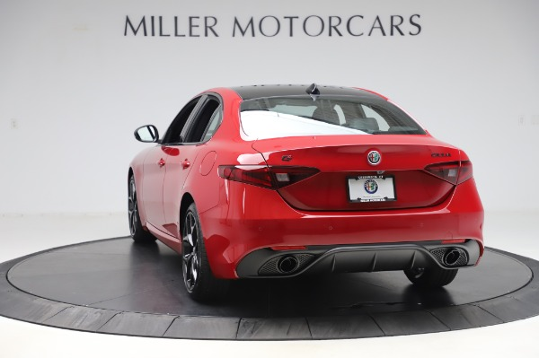 New 2020 Alfa Romeo Giulia Sport Q4 for sale $48,645 at Alfa Romeo of Westport in Westport CT 06880 5