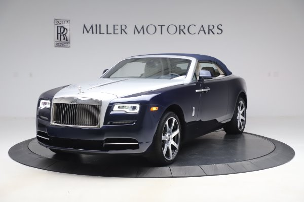 Used 2017 Rolls-Royce Dawn Base for sale $248,900 at Alfa Romeo of Westport in Westport CT 06880 13