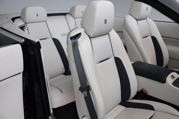 Used 2017 Rolls-Royce Dawn Base for sale $248,900 at Alfa Romeo of Westport in Westport CT 06880 22