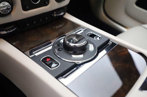 Used 2017 Rolls-Royce Dawn for sale $248,900 at Alfa Romeo of Westport in Westport CT 06880 28