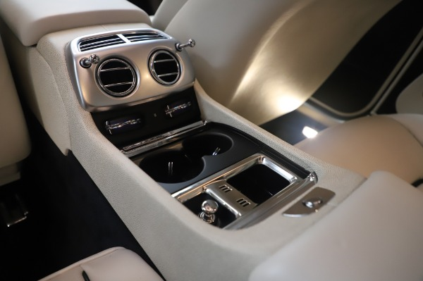 Used 2015 Rolls-Royce Wraith Base for sale Call for price at Alfa Romeo of Westport in Westport CT 06880 25
