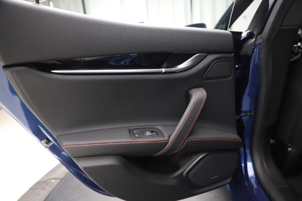 New 2020 Maserati Ghibli S Q4 GranSport for sale $94,935 at Alfa Romeo of Westport in Westport CT 06880 21
