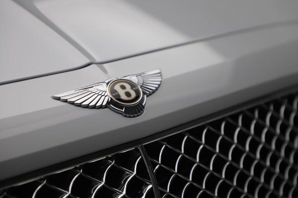 New 2020 Bentley Bentayga Hybrid for sale $220,475 at Alfa Romeo of Westport in Westport CT 06880 14
