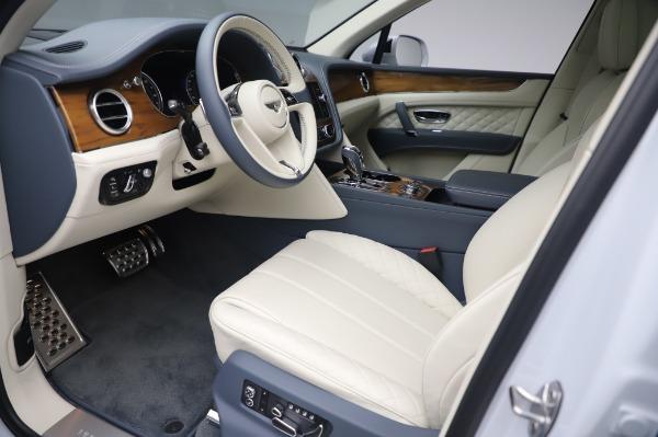 New 2020 Bentley Bentayga Hybrid for sale $220,475 at Alfa Romeo of Westport in Westport CT 06880 18