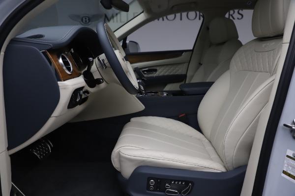 New 2020 Bentley Bentayga Hybrid for sale $220,475 at Alfa Romeo of Westport in Westport CT 06880 19