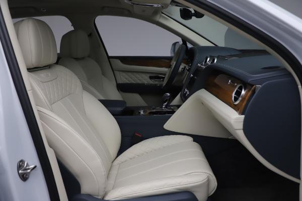New 2020 Bentley Bentayga Hybrid for sale $220,475 at Alfa Romeo of Westport in Westport CT 06880 27