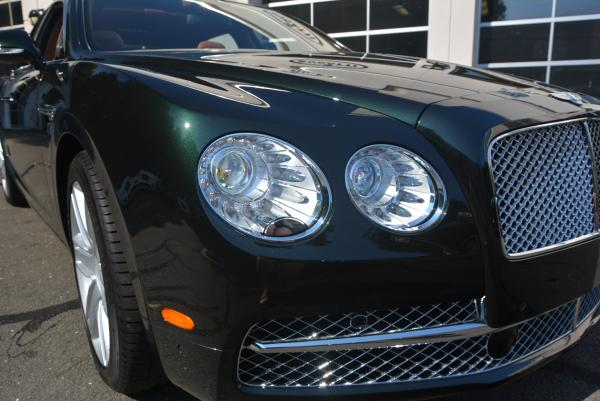 Used 2016 Bentley Flying Spur W12 for sale Sold at Alfa Romeo of Westport in Westport CT 06880 7