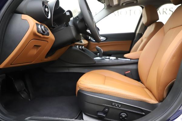 New 2020 Alfa Romeo Giulia Q4 for sale $42,845 at Alfa Romeo of Westport in Westport CT 06880 13