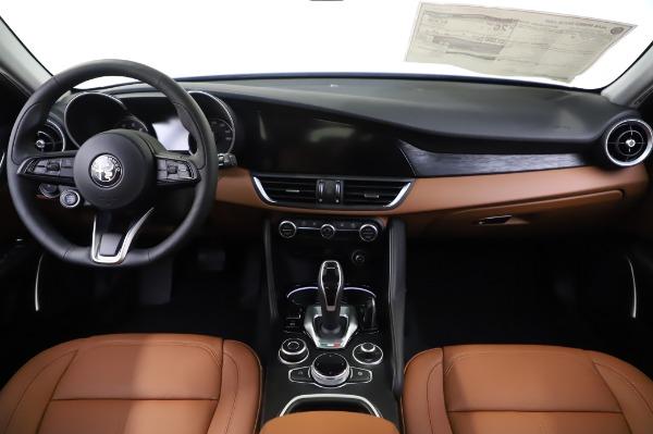 New 2020 Alfa Romeo Giulia Q4 for sale $42,845 at Alfa Romeo of Westport in Westport CT 06880 15